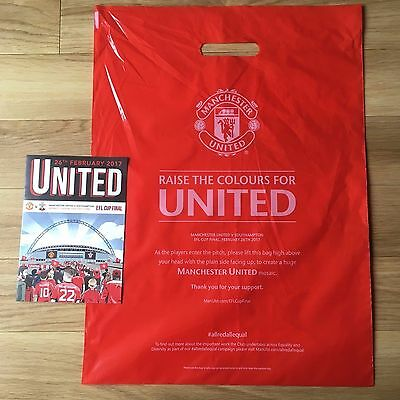 MANCHESTER UNITED v Southampton Utd EFL Cup Final Official Comic and BAG - NEW