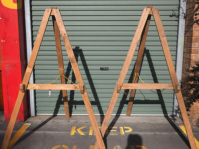 2x large easels/display stands