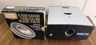 Vintage Sawyer's Rotomatic 747 AQ 500W Automatic Focus Projector + Slide Tray