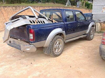 Nissan Navara D22 (04) Drivers Side Right Front Window  . (Wrecking Car)