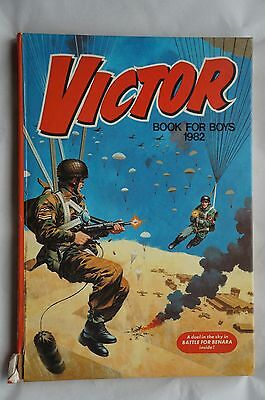 Victor Book for Boys - 1982 - Good Condition - 35 Years Old