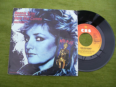"""BONNIE TYLER """" Here she comes / Time """" CBS 1984"""