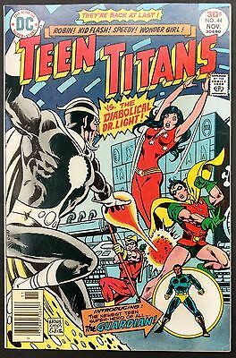 Teen Titans #44 1976 Gorgeous Vf+  Mal Is The Guardian 1St App,dr.light+Flash