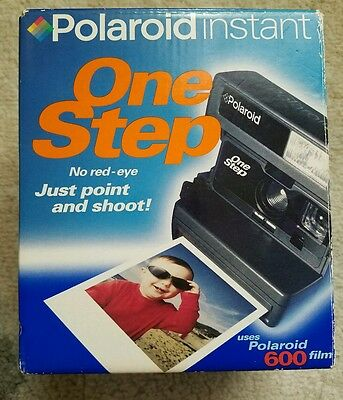 Polaroid One Step Instant Camera In box with Neck Strap , Working, Uses 600 Film