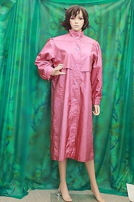British Mist Ladies Straberry rubber backed Poly  raincoat rustling shimmering