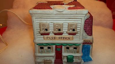 Lighted Porcelain Post Office HOLIDAY TRADITIONS CHRISTMAS VILLAGE COLLECTION