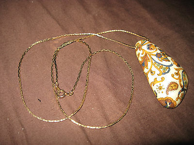 ROMANTIC Art Deco Paisley Triangular Pendant Necklace....#4153