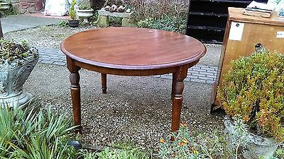 Vintage  Round  Part  Pine  /  Part  Hardwood  Dining  Table.