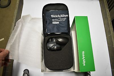 Welch Allyn DS58-11 Hand Aneroid w/Adult Cuff & Case ***FREE SHIPPING***