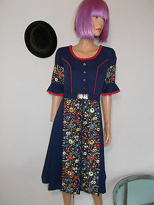 VTG TRACHTEN EMBROIDERED DRESS *GORGEOUS* dancing Octoberfest Drindl S M EUC