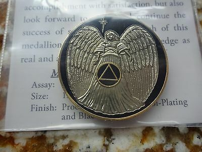 AA Alcoholics Anonymous Black/Gold Angel Tri-Plate Coin Token Medallion Prayer