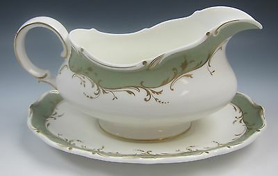 Royal Doulton FONTAINEBLEAU-GREEN Gravy Boat and Under Plate EXCELLENT