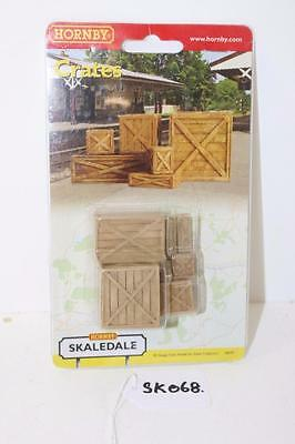 "OO 1:76 Hornby Skaledale Timber packing crates R8597 ""Used""  FNQHobbys SK068"