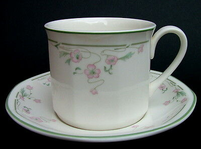 1990's Royal Doulton Caprice Fine China Pattern Tea Cups & Saucers - Look Unused