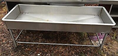 Custom Made Stainless Steel Ice Beverage Fish Display Bin Stand With Drain Hole