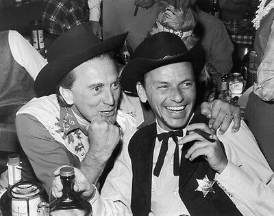 Kirk Douglas and Frank Sinatra UNSIGNED photo - H5497