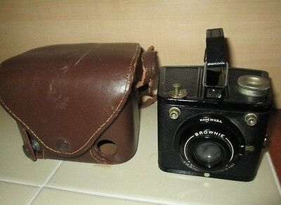 Vintage Kodak Brownie Black Camera with Original Fitted Case Flash Six-20