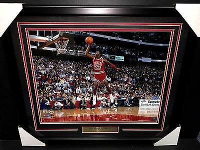 Michael Jordan Chicago Bulls 1988 Gatorade Slam Dunk Contest Framed 16X20 Photo