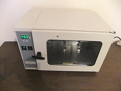 Unitherm Hybridization Model 6/12  Table Top Oven / Incubator