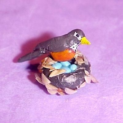 Dollhouse Robin Red Breast Bird with Nest and Blue Eggs Doll House Miniatures