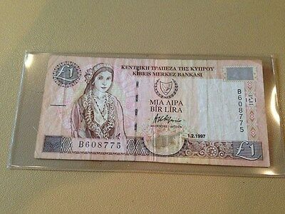 Central Bank Of Cyprus One Pound Banknote
