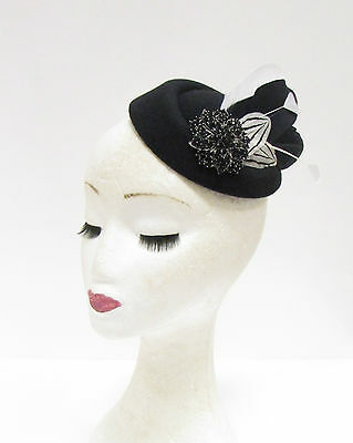 Black White Feather Pillbox Hat Headpiece Hair Fascinator Vintage Races 2237