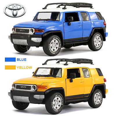 1:32 Toyota FJ Cruiser Diecast Model Collection SUV Car Kid Boy LED Licensed Toy