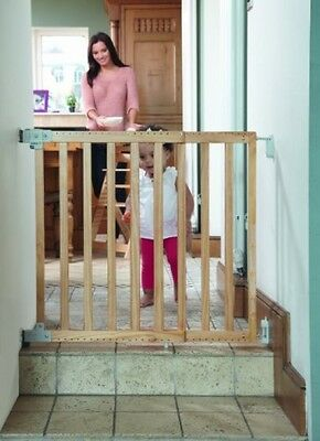 Safety 1st Wall Fix Wooden Extending Gate Natural Stair Baby Pet Children Open