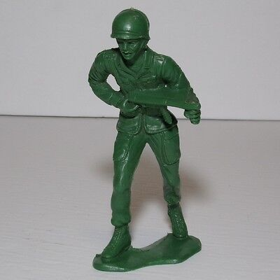 "Vintage ?mystery make? WWII US Army soldier green Plastic resin 6"" Figures"