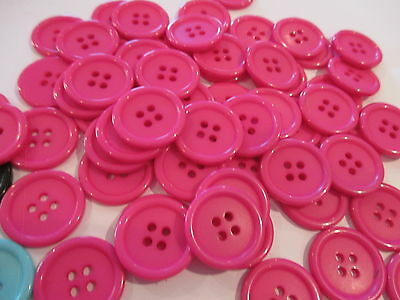 10 x 20mm Hot Pink Plastic BUTTONS No.B 11