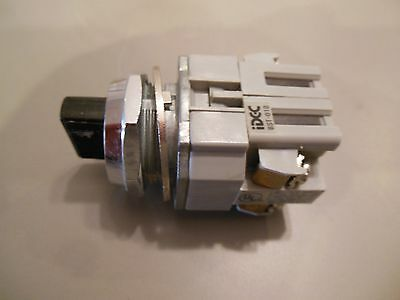 Idec Asd 2 Position Selector Switch With Bst-010 No Contact Blocks