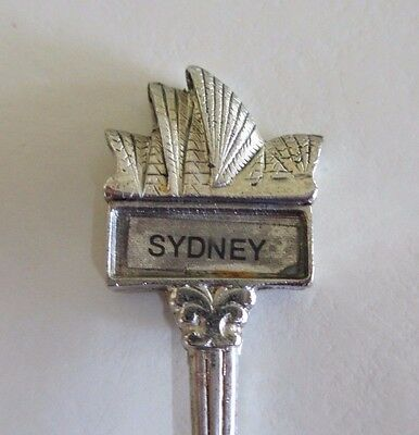 Sydney Opera House, Australia - Souvenir Teaspoon - SOH Sails - Spoon - 1980s