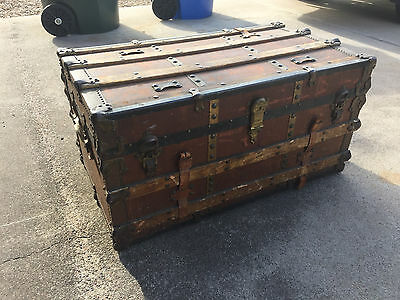 Beautiful Antique Steamer Luggage Trunk with Original Insert Trays