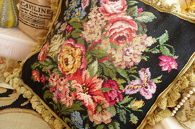 "18"" Country Lily Daisy Rose Peony Gorgeous Floral Needlepoint Pillow"