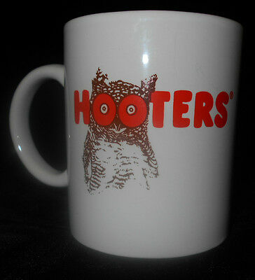 Hooters Coffee Mug Tea Cup Owl White Orange Brown 5n81