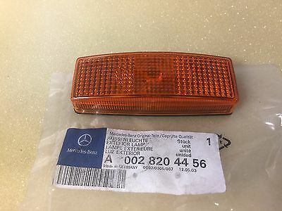 Brand New Genuine Mercedes Exterior Lamp A0028204456