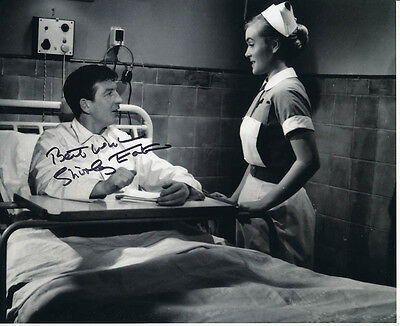 Shirley Eaton SIGNED photo - J1061 - Carry On Nurse