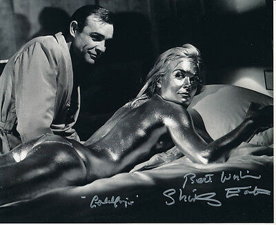 Shirley Eaton SIGNED photo - J1064 - James Bond - Goldfinger