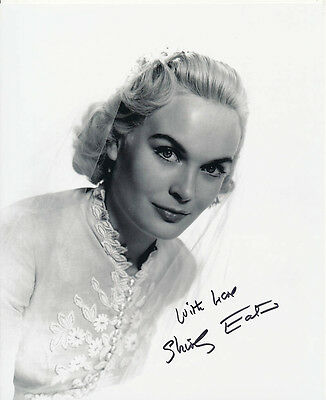 Shirley Eaton SIGNED photo - J1129 - Sailor Beware!