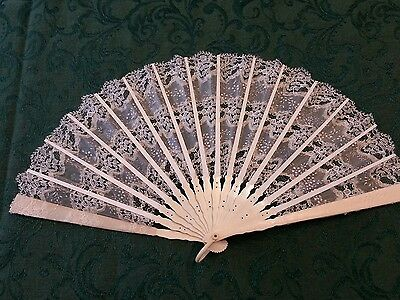 Antique hand fan 1920's, lace and bone,wedding,graduation,beautiful