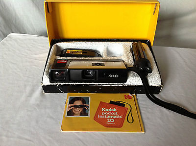 Vintage Kodak Pocket Instamatic 20 Camera Outfit