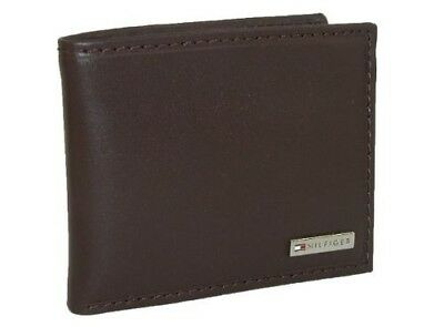 New Men's Tommy Hilfiger Leather Credit Card Id Wallet Bifold - 31tl22x053 Brown