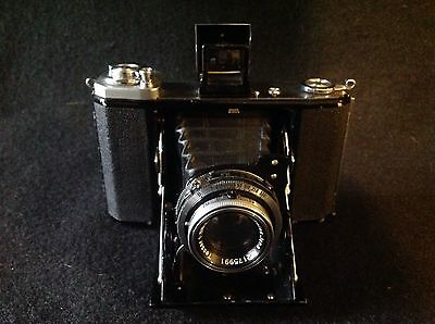 VINTAGE 1940s ZEISS IKON IKONTA 521/16 CAMERA with CASE