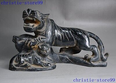 China fengshui Natural old jade carving Ferocious tiger animal Decoration statue