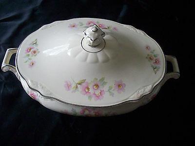 Homer Laughlin Virginia Rose Oval Covered Casserole with Handles