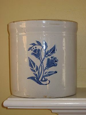 Western Stoneware Co. CROCK WITH COBALT FLORAL DESIGN 7-1/2""