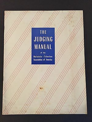 Judging Manual of the Holstein Friesian Cattle Cow Association of America 1948