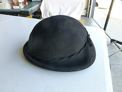 VTG Black I. Magnin  Hat.  Made in England.  100%Wool.  Very Cool!
