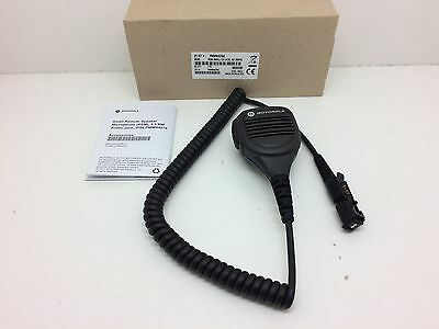 Globe Roamer Motorola PMMN4076 Remote Speaker Microphone with 3.5mm Jack
