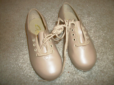 Capezio Girls Sz. 10 M Tan Tap Dance Shoes w/Laces NWOT